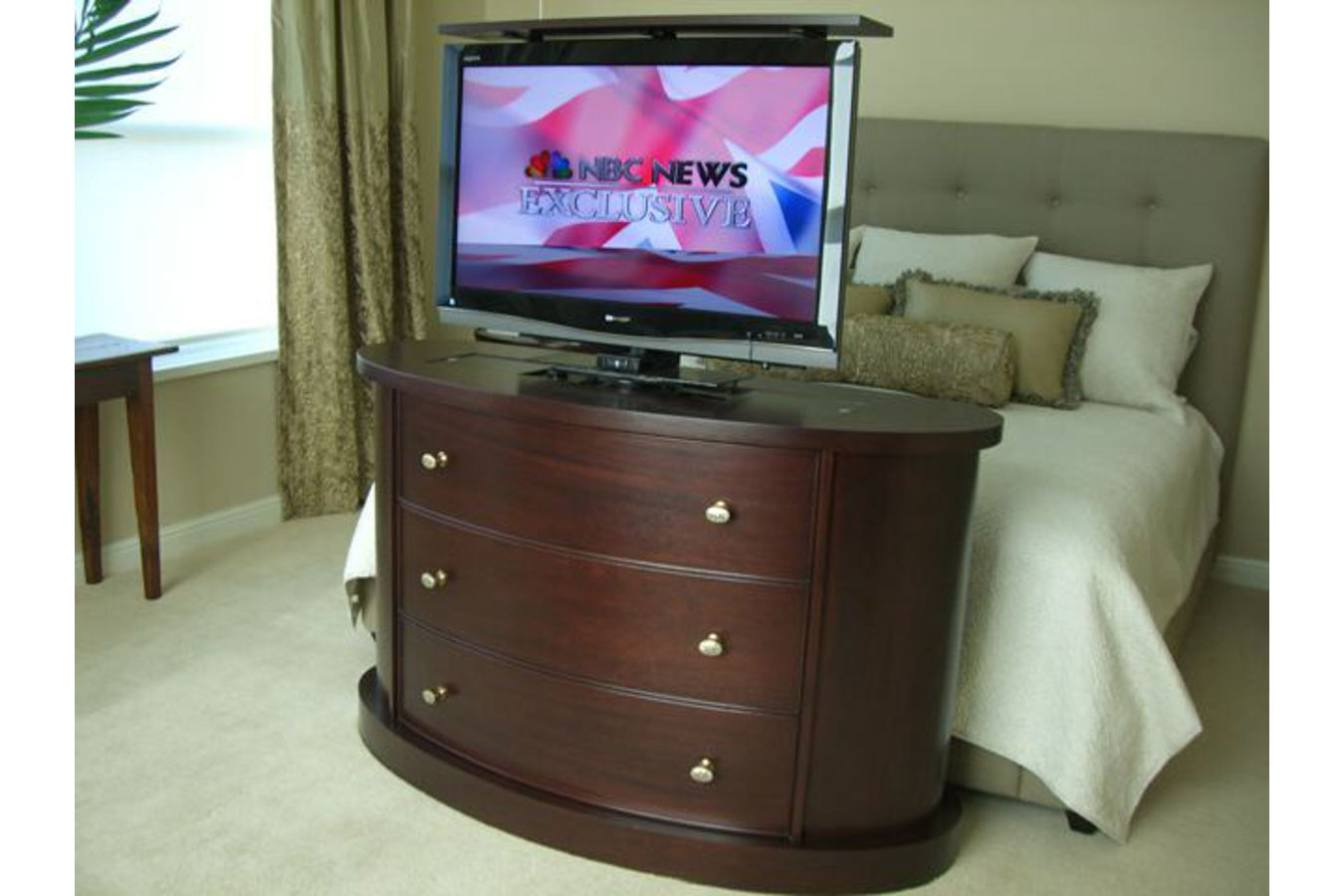 End of bed tv stand 28 images pop up tv cabinet end for End of bed tv stand ikea