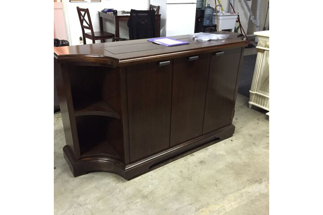 Flat screen tv riser carlton credenza tv lift cabinets for Tv lift consoles for flat screens