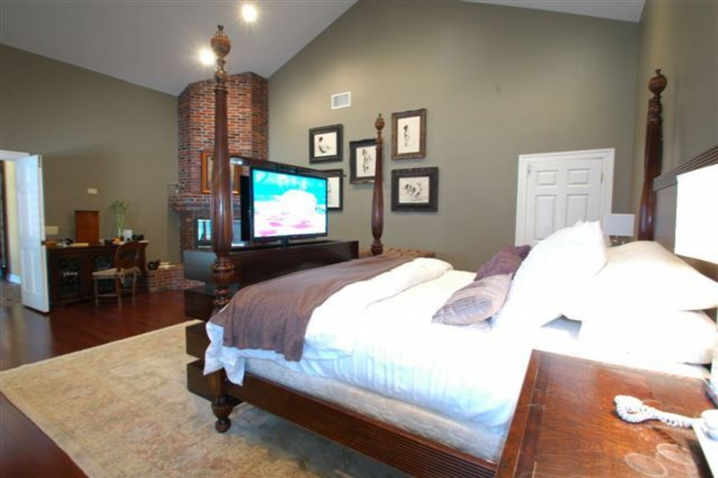 white le bloc end of bed tv lift cabinet with 46 flat screen in bedroom made by cabinet tronix
