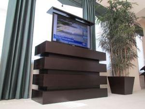 Le Bloc petite size furniture holds 46 inch TV in bedroom