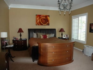 Modern Fitch design in guest bedroom